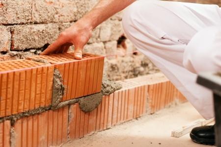 R paration de joint brique all ge et ma onnerie brossard for Monter un mur en brique